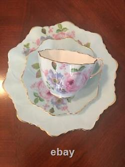 Beautiful! Paragon Double Warrant Blue Teacup & Saucer set (Made In England)
