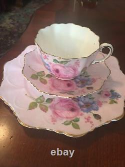 Beautiful! Paragon Double Warrant Teacup & Saucer/ Desert Pink Set Cabbage Rose