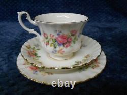Royal Albert Moss Rose 21 Piece English Bone China Tea Set
