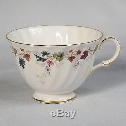 Royal Doulton Canterbury Tea Set Pattern #h4965 5 Cup Teapot & 8 Trios