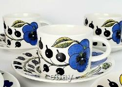 Set of 5 Paratiisi Tea Cups & Saucers ARABIA OF FINLAND