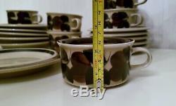 Set of 6 / RUIJA Tea Cup + Saucer + dessert plates ARABIA OF FINLAND