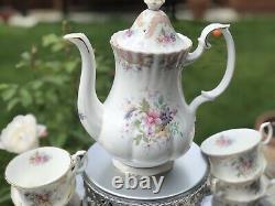 Very rare & pristine Royal Albert Serenity English Tea Cups And Saucer set